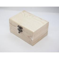 Caja de madera tipo cofre plano pequeña 13.5x9.5x7 cm.