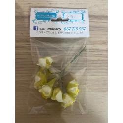 Flores rosas amarillas papel